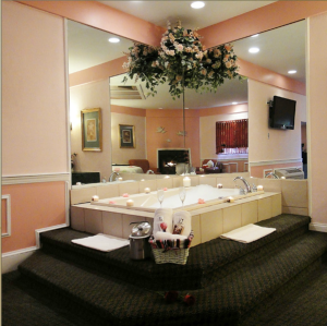inn of the dove deluxe pink suite 2