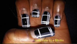 nail-art-a-go-go monochrome with flash
